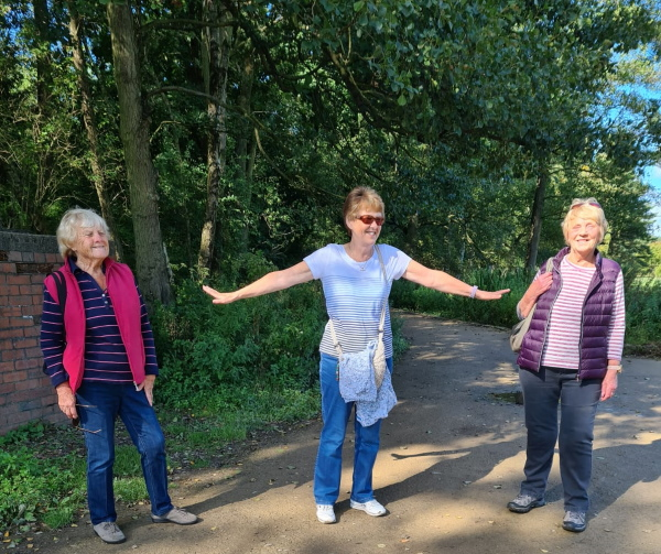 Stay back! Leeds Oddfellows take a walk in the park and abide by the 1m plus rule